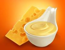 Salsa di formaggio su priorità bassa bianca Fotografia Stock Libera da Diritti