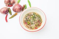 Salsa di pesce tailandese in una tazza isolata Fotografia Stock Libera da Diritti