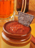 Salsa en tortillaspaanders stock fotografie