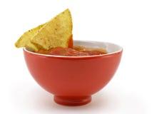 Salsa und Chips lizenzfreies stockbild