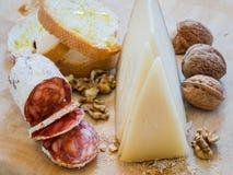 Salsiccia con formaggio Fotografie Stock