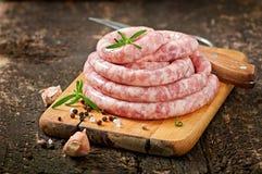 Salsiccia cruda fresca Fotografie Stock Libere da Diritti
