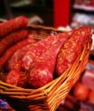 Salsiccia grezza Sguardo artistico nei colori vivi Fotografia Stock