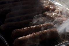 Salsiccia sulla griglia fotografia stock libera da diritti