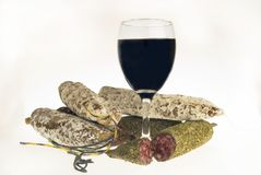 Salsiccie e vino Immagine Stock