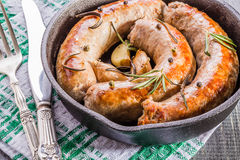 Salsiccie fritte stile rustico Immagine Stock Libera da Diritti