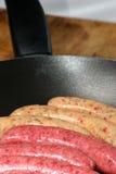 Salsiccie grezze del manzo e del porco Fotografia Stock Libera da Diritti