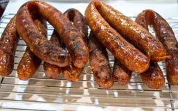 Salsiccie piacevolmente arrostite, salsiccie piccanti tailandesi Immagini Stock Libere da Diritti