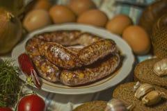 Salsicha caseiro para do café da manhã a vida ainda imagem de stock