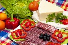 Salsicha com vegetais Imagem de Stock