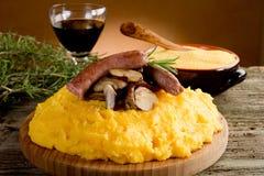 Salsicha e cogumelo do Polenta Fotografia de Stock