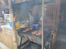 salsicha famosa da grade do chiangmai fotografia de stock
