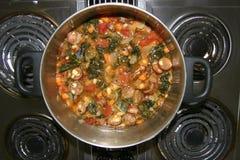 Salsicha, sopa do alho da escarola Imagem de Stock