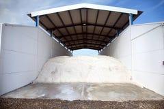 Salt anti snow royaltyfri bild