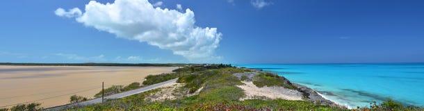 Salt damm. Exuma Bahamas Arkivfoto