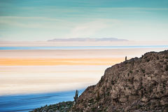 Salt flat Salar de Uyuni at sunset, Bolivia Royalty Free Stock Photography