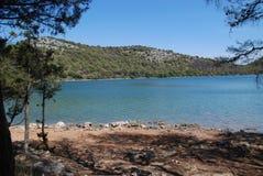Salt Lake 'Mir 'på ön av Dugi Otok, Kroatien royaltyfri foto
