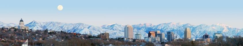 Salt Lake City au panorama de sanset avec le bâtiment de capitol La de sel Images libres de droits