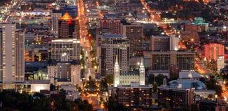 Salt Lake City im Stadtzentrum gelegen stockfotografie