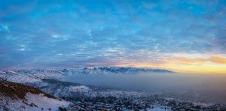 Salt Lake City-Smog und -sonnenuntergang lizenzfreies stockfoto