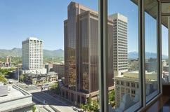 Salt Lake miasto Utah przez okno Fotografia Stock