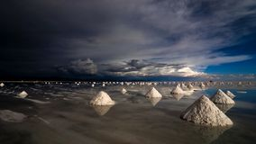 Salt pyramids in salar de uyuni Stock Photos