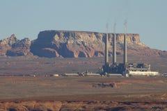 Salt River Projekt-Navajo som frambringar stationen fotografering för bildbyråer