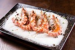 Salt roast shrimp Royalty Free Stock Photos