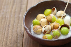 Free Salt Roasted Ginkgo Nuts, Japanese Food Stock Photography - 62509172