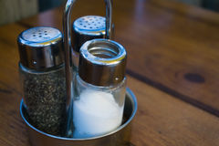 Salt shaker och peppar Royaltyfria Foton