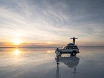 Salt sjö Uyuni i Bolivia Arkivfoton