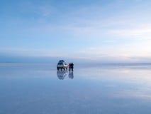 Salt sjö Uyuni i Bolivia Fotografering för Bildbyråer