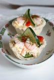 Salt tartlets with shrips; selektive fokus Royalty Free Stock Photo
