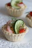 Salt tartlets with shrips; selektive fokus Royalty Free Stock Image