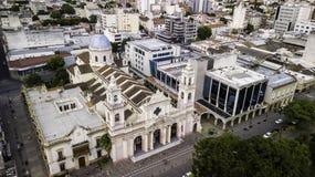 Salta/Salta/Argentina - 01 01 19: Aartsbisdom van Salta Overladen Kathedraal van de 19de eeuw argentinië royalty-vrije stock fotografie