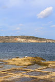 Salta pannor på medelhavet, Malta, Europa Fotografering för Bildbyråer