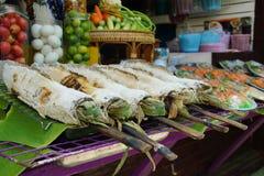 saltad fisk som grillas Royaltyfri Foto