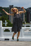 Saltando nella gioia Fotografia Stock