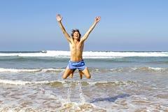 Saltar do homem da água Fotografia de Stock