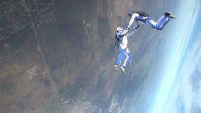 Saltar en caída libre el vídeo