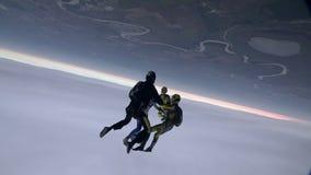 Saltar en caída libre el vídeo almacen de video