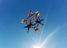 Saltar en caída libre la formación híbrida foto de archivo