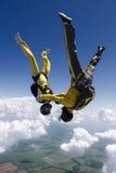 Saltar en caída libre la foto. Imagen de archivo libre de regalías