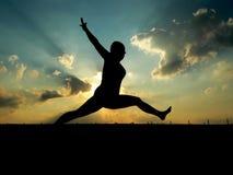 Saltare della donna Fotografie Stock