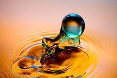 Saltare di marmo dell'acqua Fotografia Stock