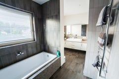 Salte no banho Fotos de Stock Royalty Free