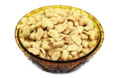 Salted peanuts in a bowl Royalty Free Stock Photos
