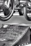 Salti di BMX Fotografie Stock Libere da Diritti
