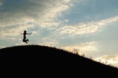 Salti su una collina Fotografia Stock Libera da Diritti