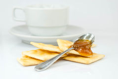 Saltine crackers and jam Royalty Free Stock Photography